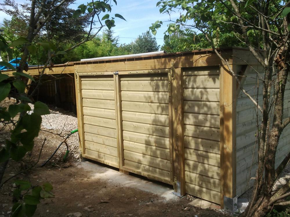Empreinte bois for Abri filtration piscine